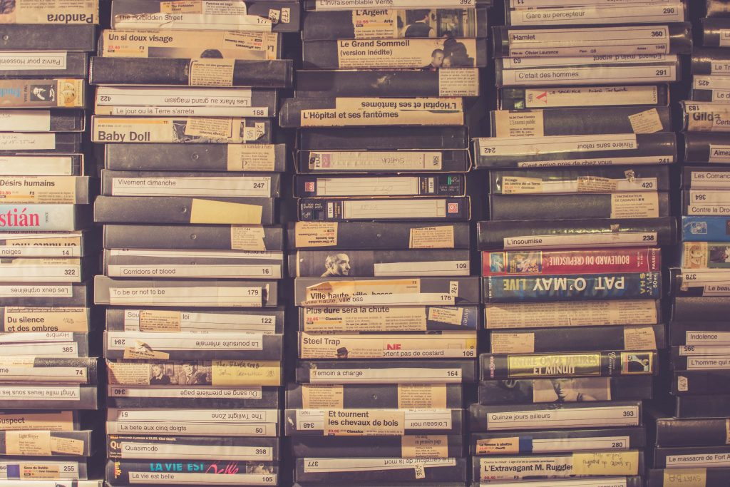 tapes-cassette-audio-old-stuff-tecnology-music